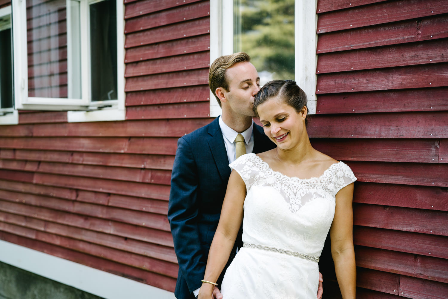 vermontbarn_destinationweddingphotographer_austendiamondphotography-2