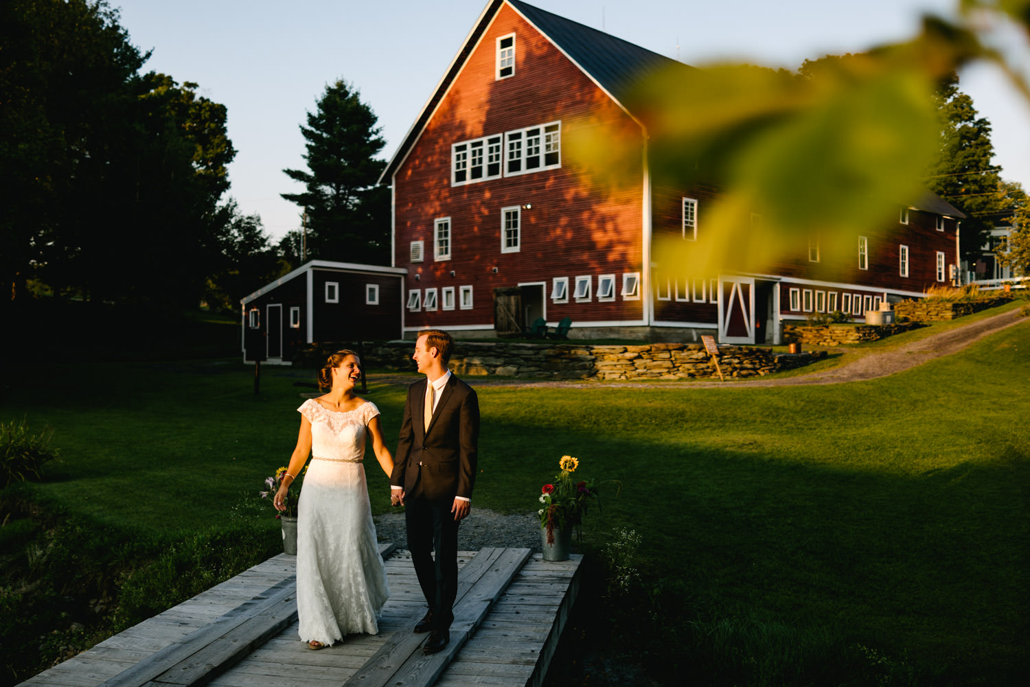 vermontbarn_destinationweddingphotographer_austendiamondphotography-7