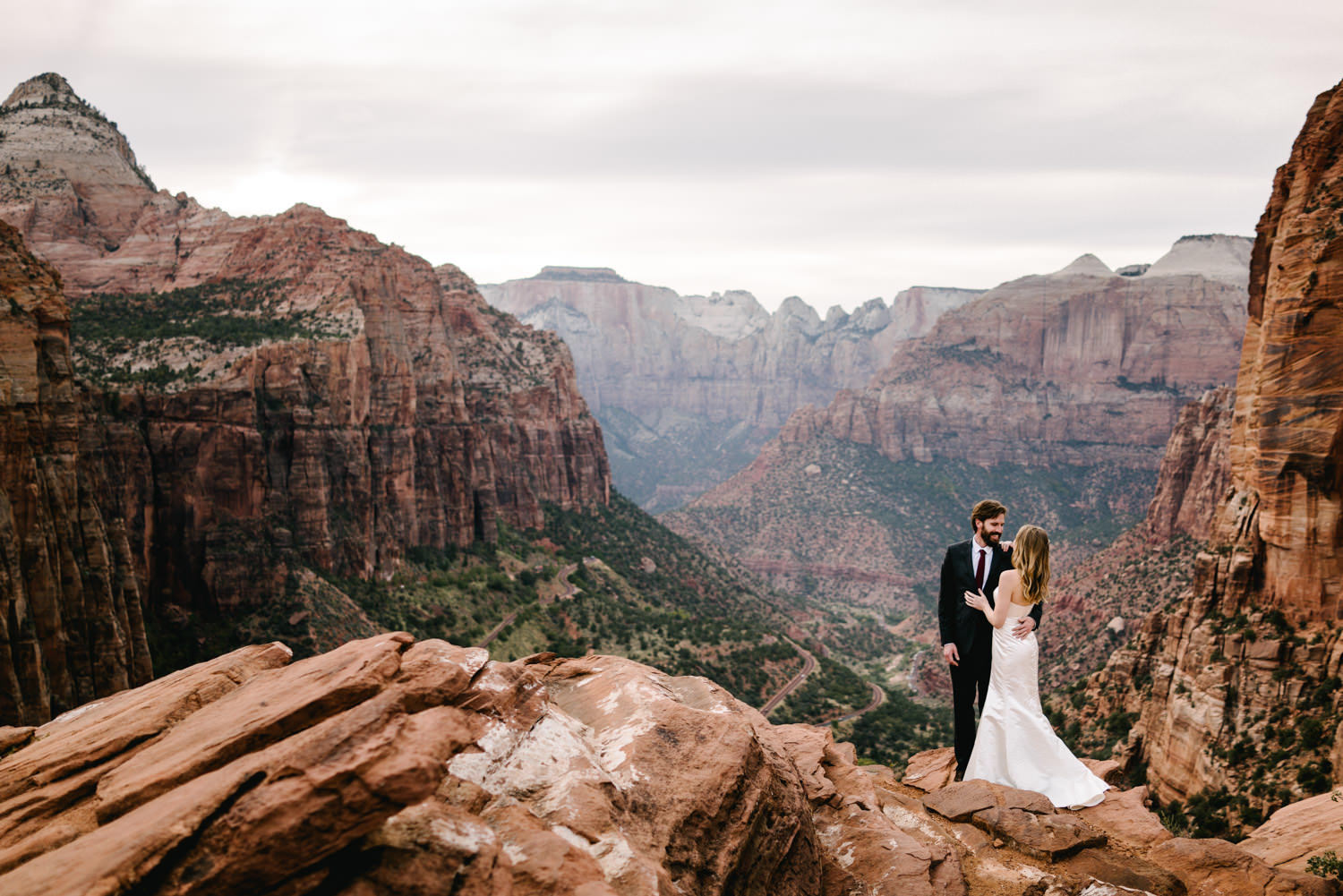 zionnationalpark_utah_destinationweddingphotographer_austendiamondphotography-6