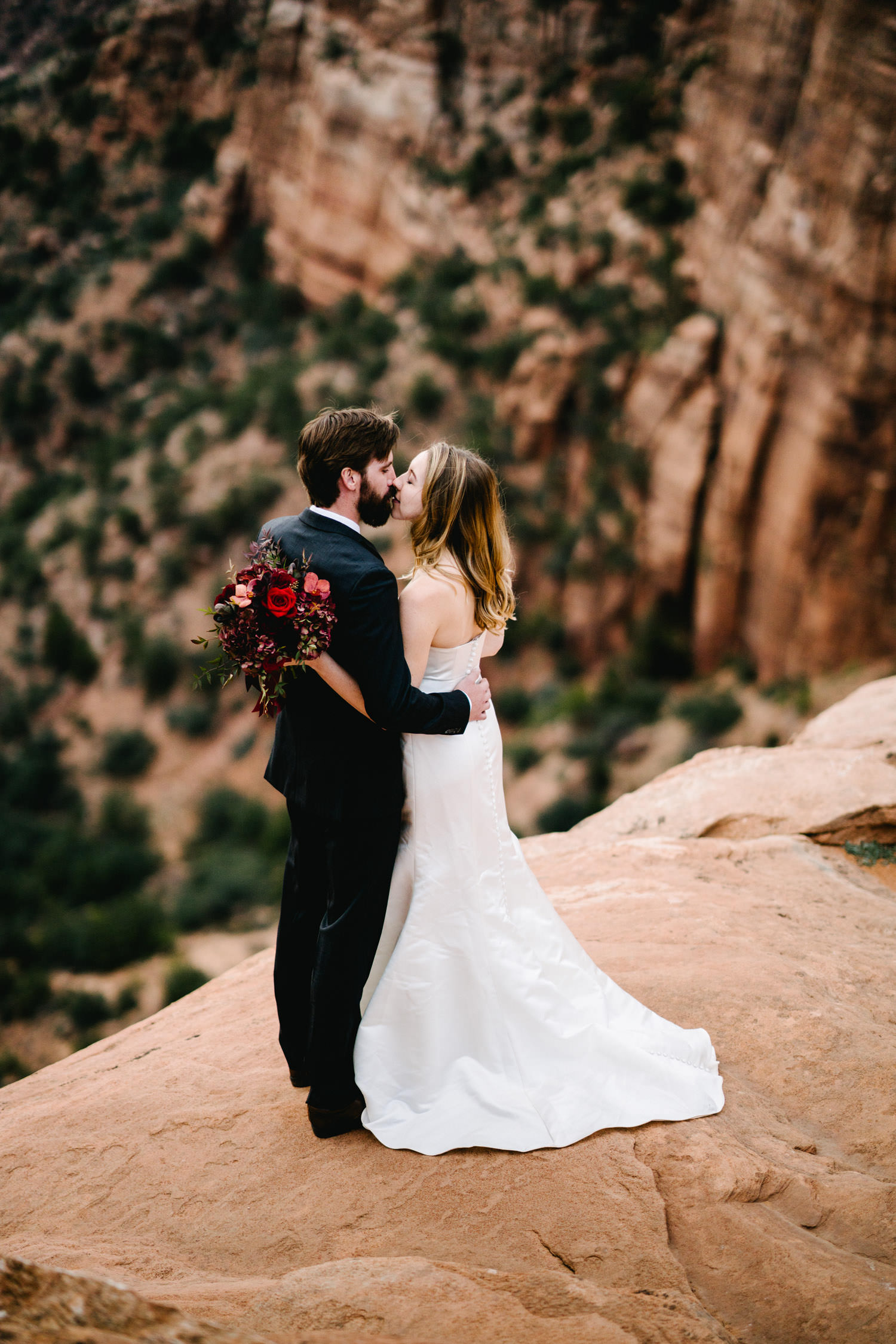 zionnationalpark_utah_destinationweddingphotographer_austendiamondphotography-9