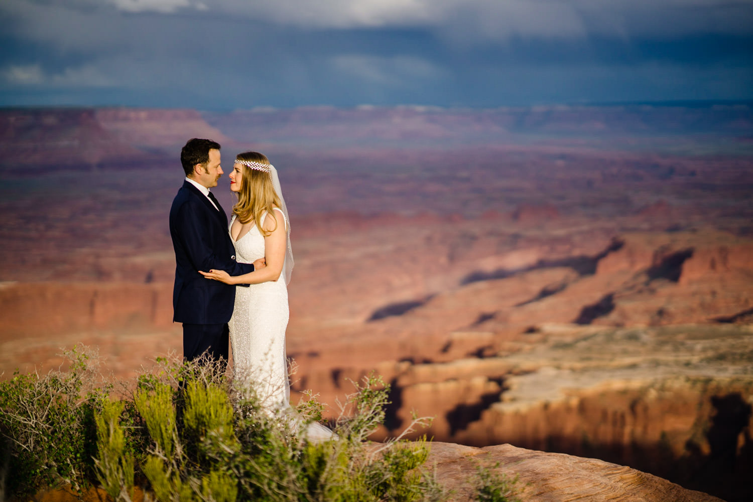 Canyonlands National Park Wedding bride and groom smiling photo