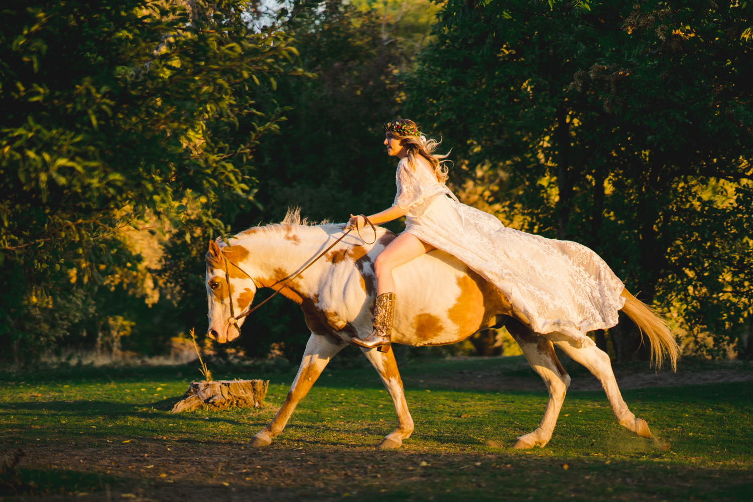 Equestrian bridal session bride on horse with cowboy boots photo