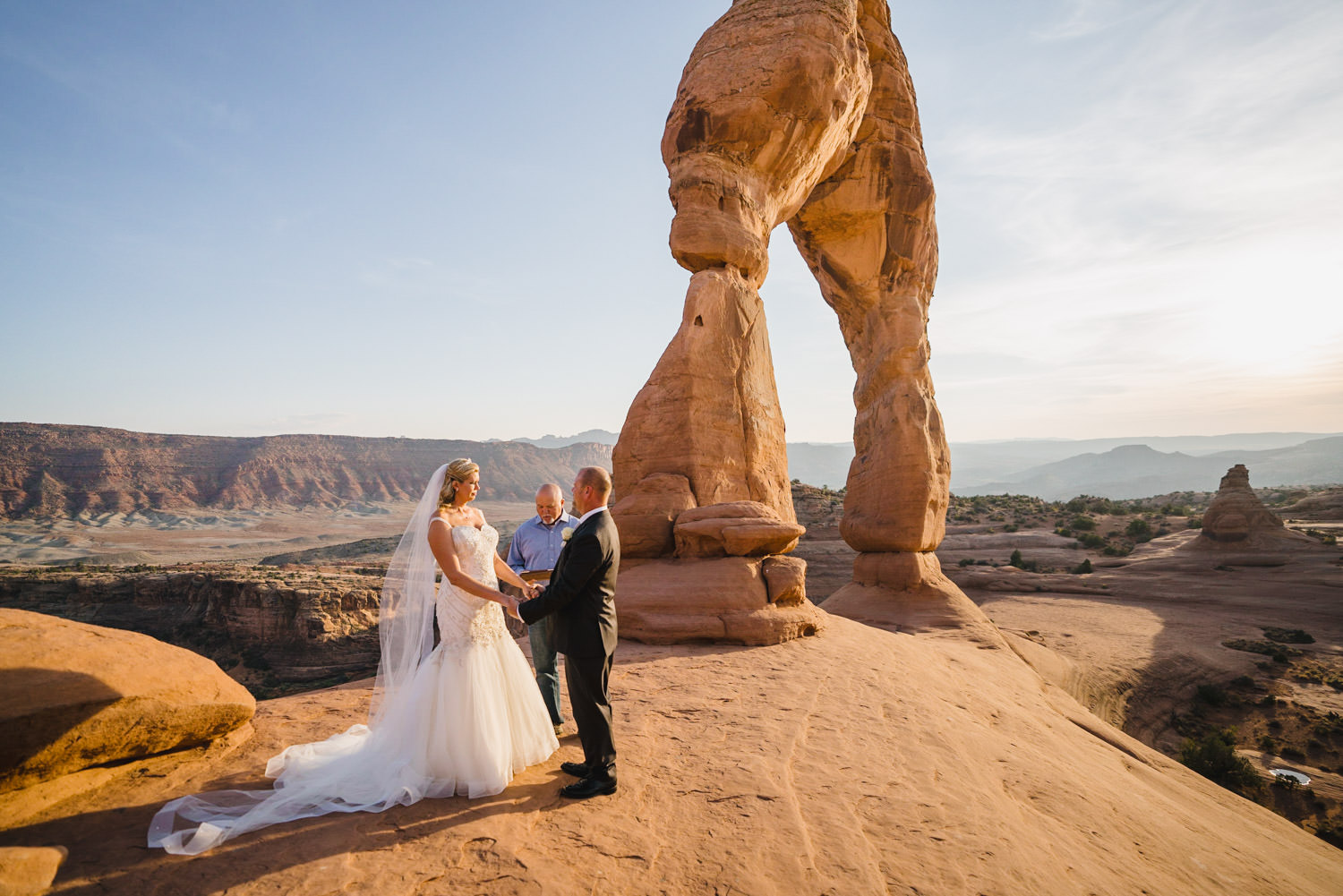 Delicate Arch elopement ceremony in Arches National Park photo