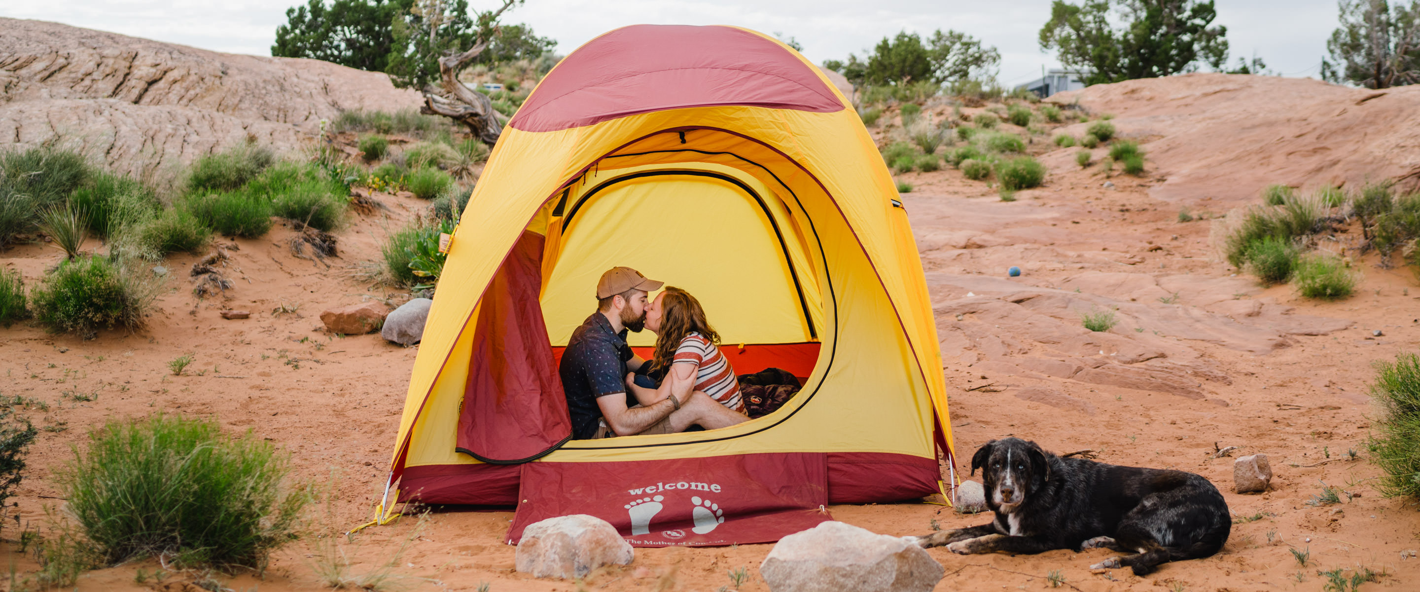engagement session in Moab photo