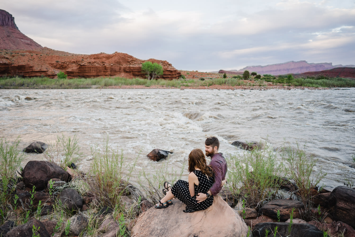engagement session in Moab couple on Green River photo