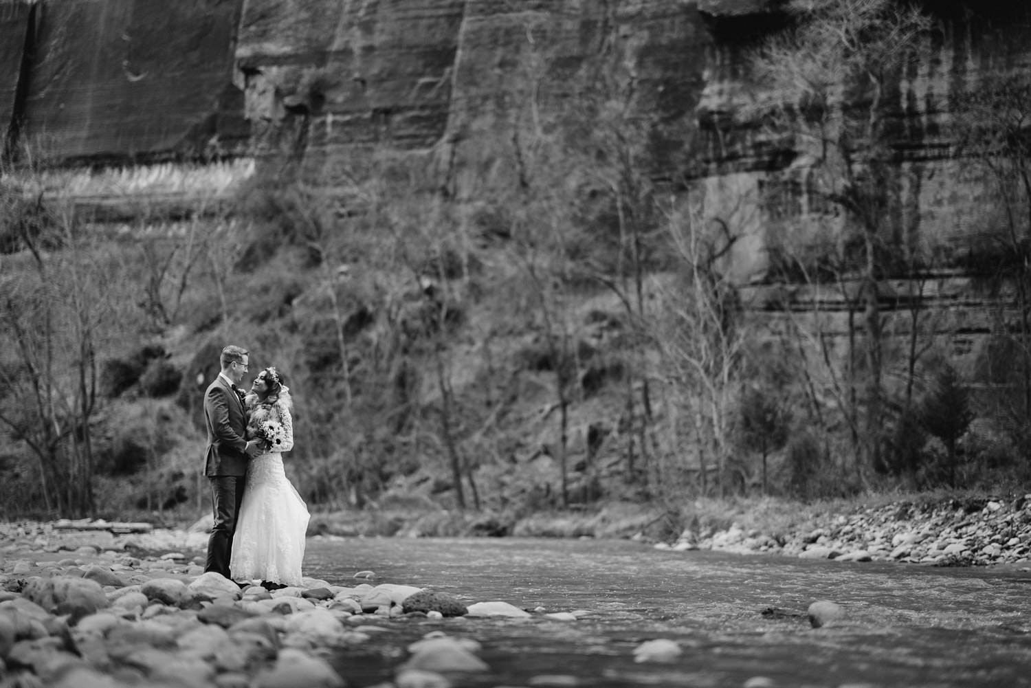 Temple of Sinawava wedding back and white couple along the river photo