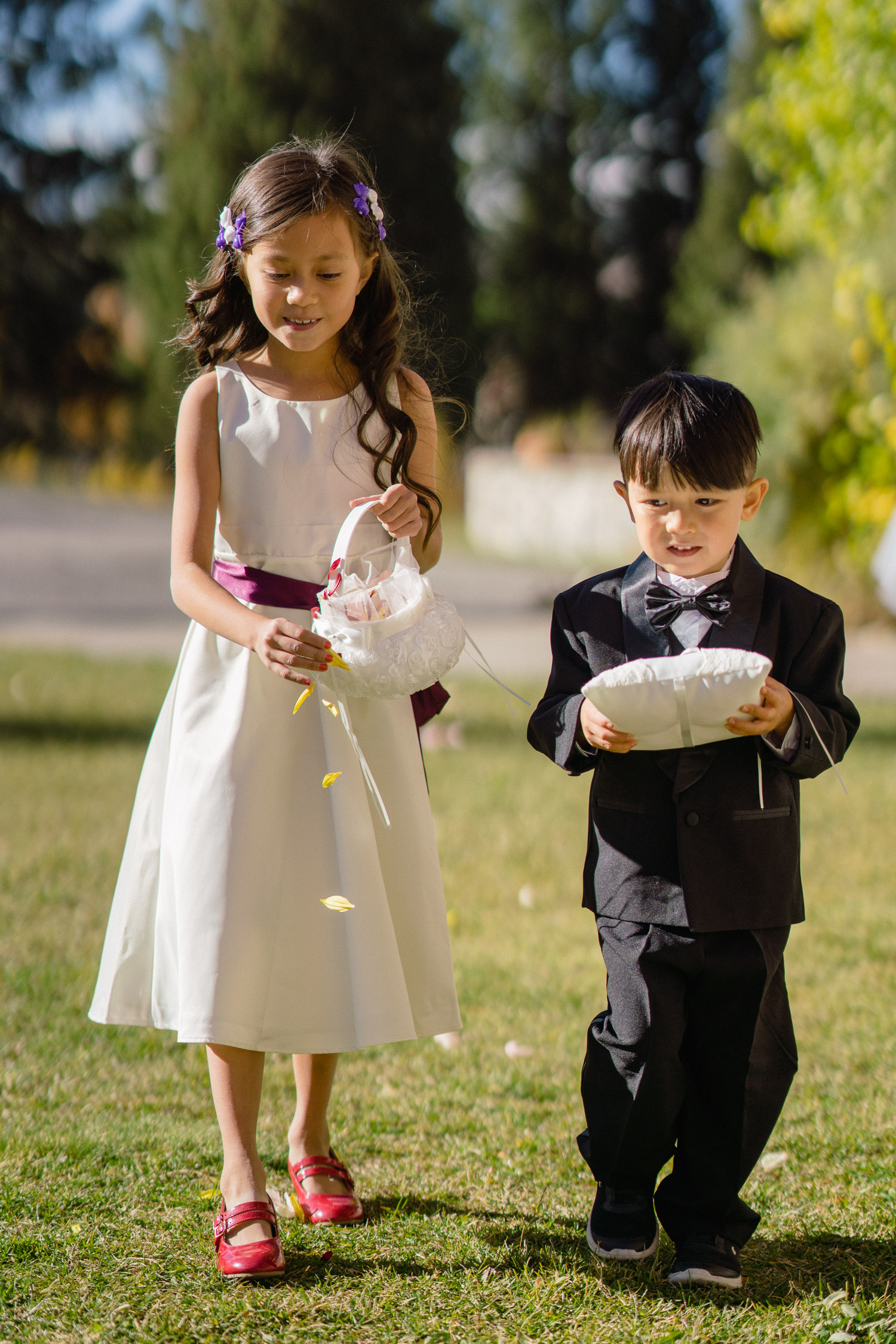 flower girl and ring bearer walking down aisle utah fall wedding solitude mountain resort
